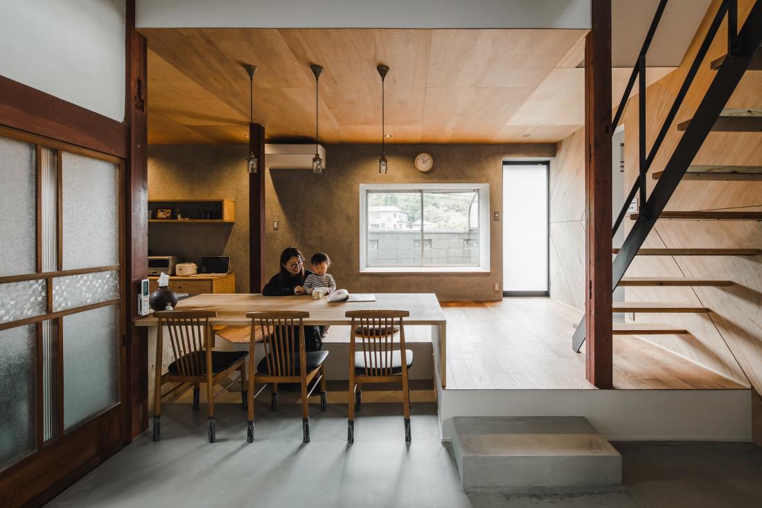 下戸山の家リノベーション(古民家をカフェ風リノベーション坪庭や縁側のある暮らし) アイキャッチ画像
