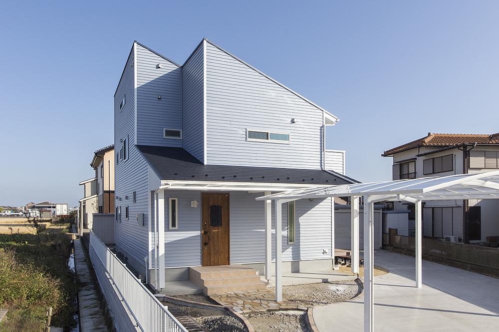 白を基調にした北欧モダンスタイルインテリアの家 アイキャッチ画像