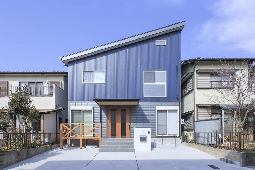 愛知県豊川市で三世帯家族が暮らす「古民家風和モダンの家」 メイン画像