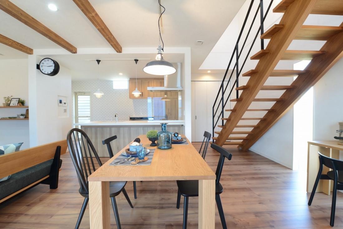 カリフォルニアスタイルのSURFER'S HOUSE アイキャッチ画像
