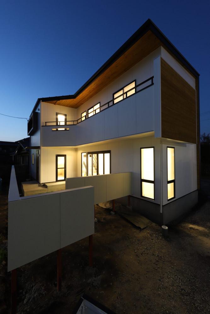 アウトドア好きな家族が建てた土間リビングの家 アイキャッチ画像