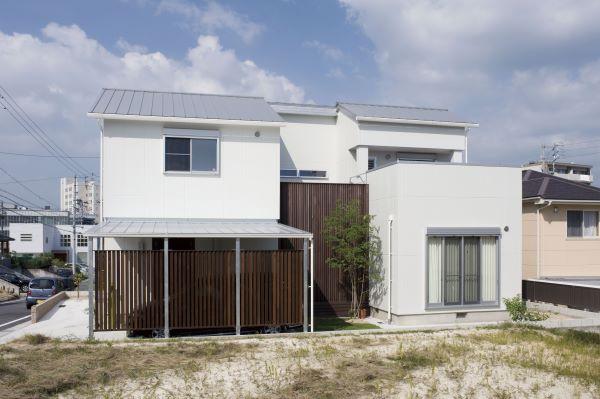 ボルダリングと鉄骨階段のある家 アイキャッチ画像