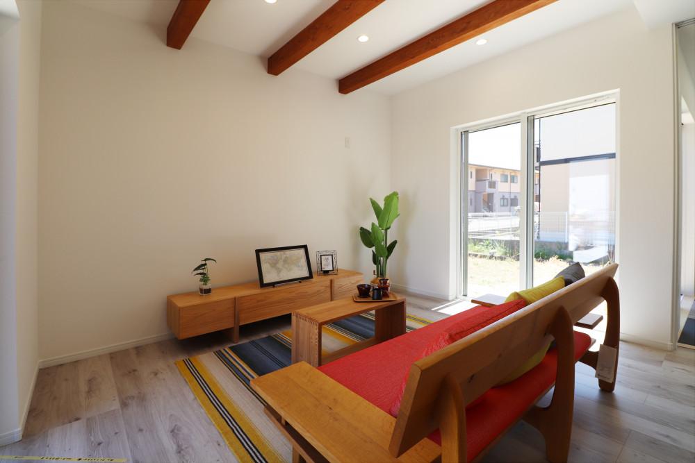 白×ウッドの家 アイキャッチ画像