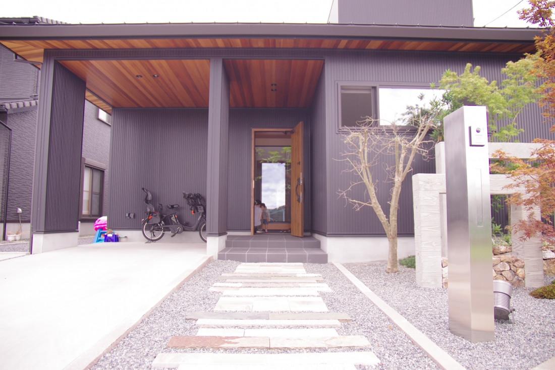 中庭のあるお家 アイキャッチ画像
